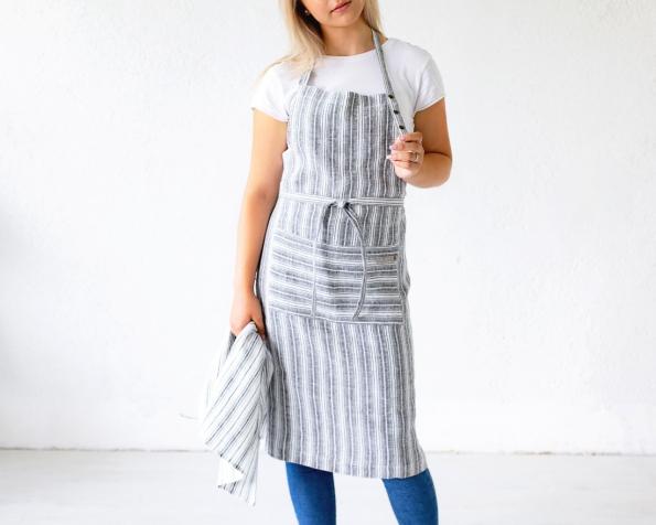 apron-art-ll536dt-black-white_1573473765-7ef94b46b2657e56742d837cfd24e515.jpg