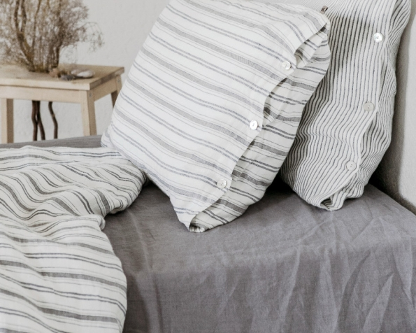 bed-linen-art-ll061t-100-linen-off-white-grey-blue-various-stripes-pillowcase-50x70-with-buttons-duvet-cover-140x200-2-copy_1573481177-088f0795bf7649145f2467002fb04376.jpg