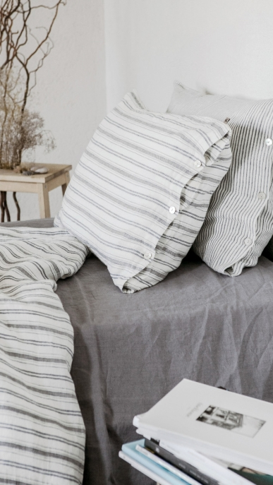 bed-linen-art-ll061t-100-linen-off-white-grey-blue-various-stripes-pillowcase-50x70-with-buttons-duvet-cover-140x200-2-copy_1573481177-2579550a177abc0c04a3b69225e9b121.jpg
