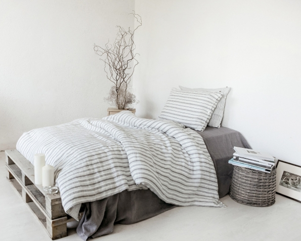 bed-linen-art-ll061t-100-linen-off-white-grey-blue-various-stripes-pillowcase-50x70-with-buttons-duvet-cover-140x200-copy_1573481177-84d2099177effb37a2f586561eb430c6.jpg