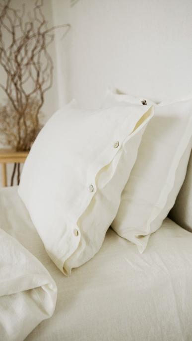 bed-linen-art-ll405t-100-linen-off-white-pillowcase-50x70-duvet-cover-140x200-with-buttons-2_1573556358-fe68a6ed34ded45c2547edba1d270c9e.jpg