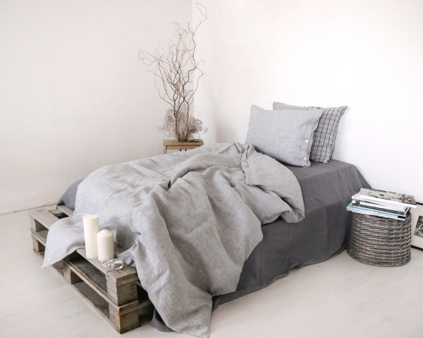 bed-linen-art-ll519t-100-linen-grey-pillowcase-50x70-oxford-duvet-cover-140x200-pillowcase-50x70-ll518t-grey-with-black-checks-with-buttons-2_1573556783-cbe3cb3f006ed7d448cc4563a08538b0.jpg
