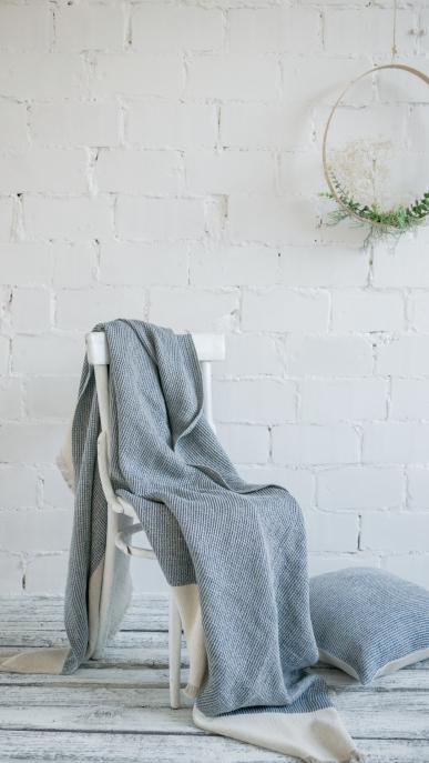 blanket-art-ll092t-blue-150x200-pillow-cover-50x50_1573559353-99676010d0ab9801642f0b30b85faf1f.jpg