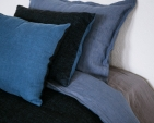 pillow-cover-art-ll08dt-blue-black-40x55_1573561468-cfc230a6e4e36b2c111714f7740223a9.jpg