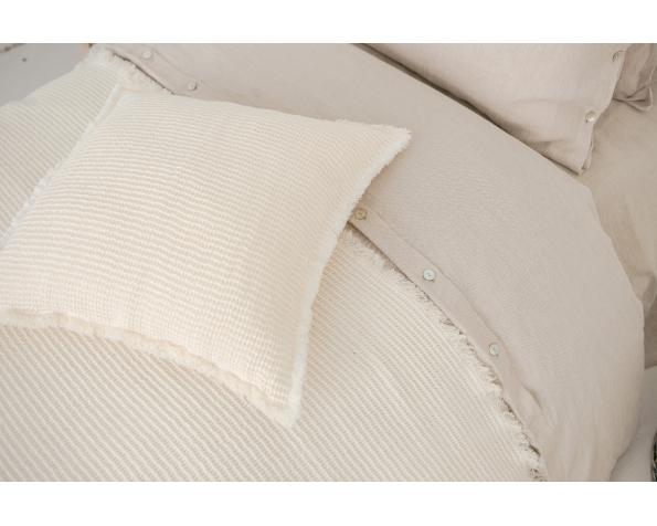 pillowe-cover-art-cl007t-50-linen-50-cotton-off-white-50x50_1573563590-f0271ccb46089fefb067218df76d9f16.jpg