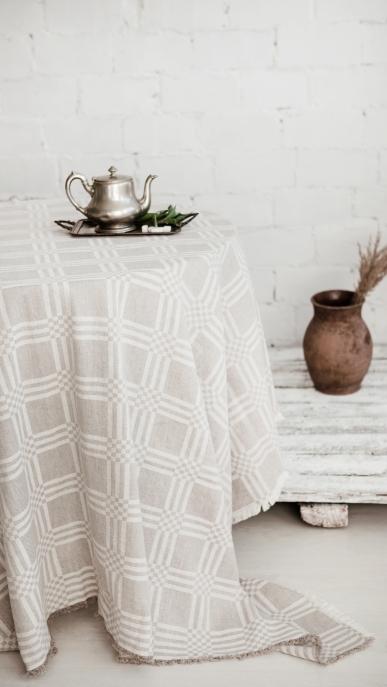tablecloth-art-cl741t-50-linen-50-cotton-natural-checks-150x150-350x150-mod-1_1572422965-1ef8e348145ab30d5c13059eba34308d.jpg