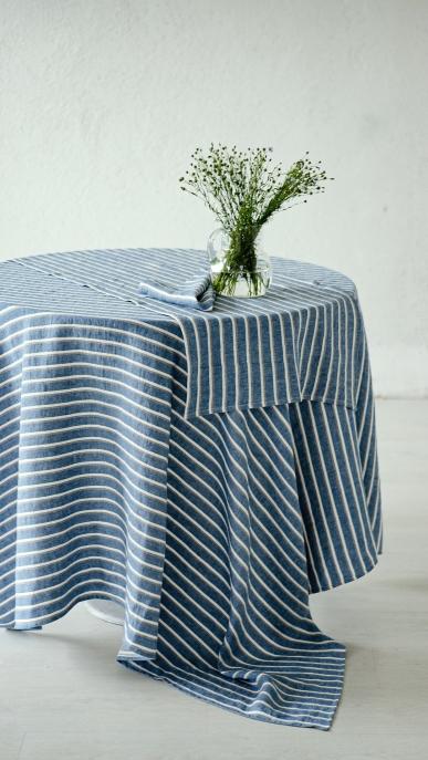 tablecloth-art-ll540dt-blue_1573474465-9e6fdabfd919efa2fce4f7be0c73877c.jpg