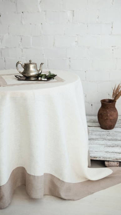 tablecloth-napkin-art-ll10f-and-ll10n-100-linen-mod-2-white-natural-180x180-400x180-45x45_1573475220-042abb15f2239a640f6bc102718eff87.jpg