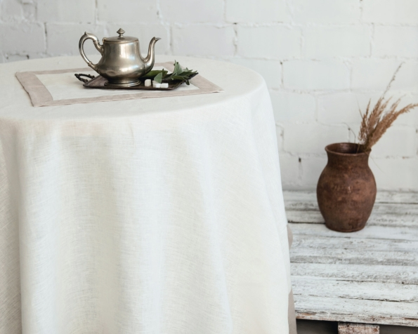 tablecloth-napkin-art-ll10f-and-ll10n-100-linen-mod-2-white-natural-180x180-400x180-45x45_1573475220-cd8f59bb92fdcc19b009cfe1fa2708e9.jpg