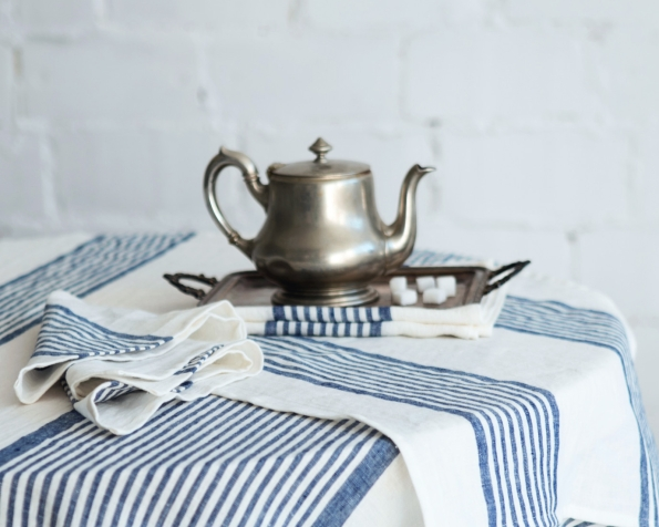 tablecloth-runner-napkin-art-ll035t-100-linen-white-blue-stripes-150x150-350x150-45x45-45x150-mod-1-1_1573137059-ddc02ff59d484903ee81cadedd2123e6.jpg