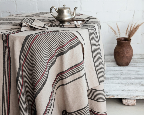 tablecloth-runner-napkin-art-ll16at-ll16bt-100-linen-natural-black-stripes-150x150-350x150-45x45-45x150-mod-1_1573136733-52e713999b025c8c58163e4bd14b18e0.jpg