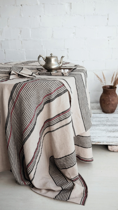 tablecloth-runner-napkin-art-ll16at-ll16bt-100-linen-natural-black-stripes-150x150-350x150-45x45-45x150-mod-1_1573136733-6c43dbe2ccb0347d4eba822a36044c25.jpg
